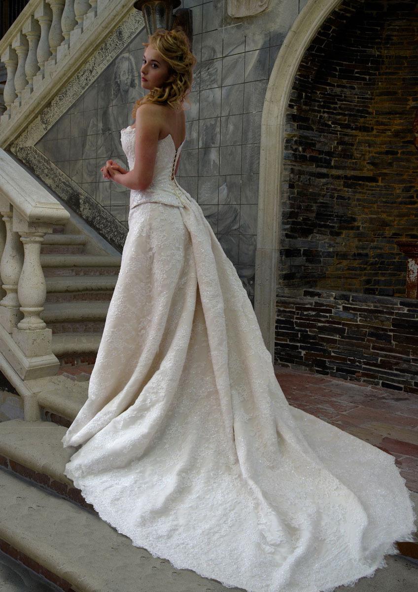 Пышные свадебные платья от Pollardi Fashion Group